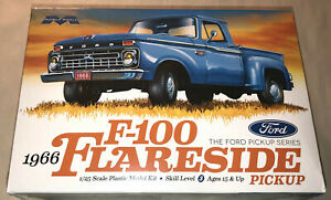 Moebius-1966-Ford-F-100-Flareside-Pickup-1-25-scale-model-kit-new-1232