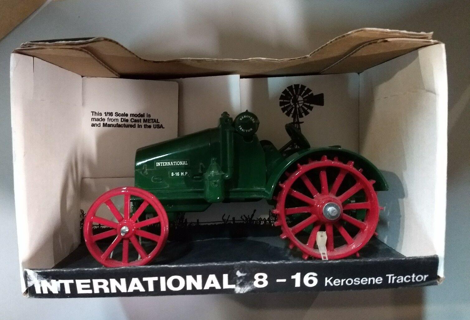 1 16 International 8-16 Kepinkne Tractor New in Box by Scale Models