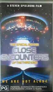 THE-SPECIAL-EDITION-CLOSE-ENCOUNTERS-OF-THE-THIRD-KIND-VIDEO-VHS