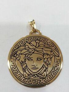 Anhaenger-Runde-Mit-Symbol-Medusa-aus-Silber-925-Golden-Neu