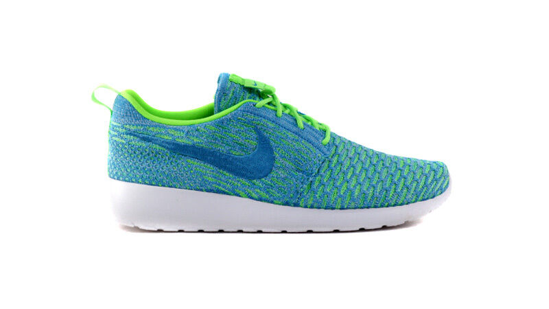 Nike Women's Roshe One Flyknit NEW AUTHENTIC ElectricGreen/Blue 704927-304