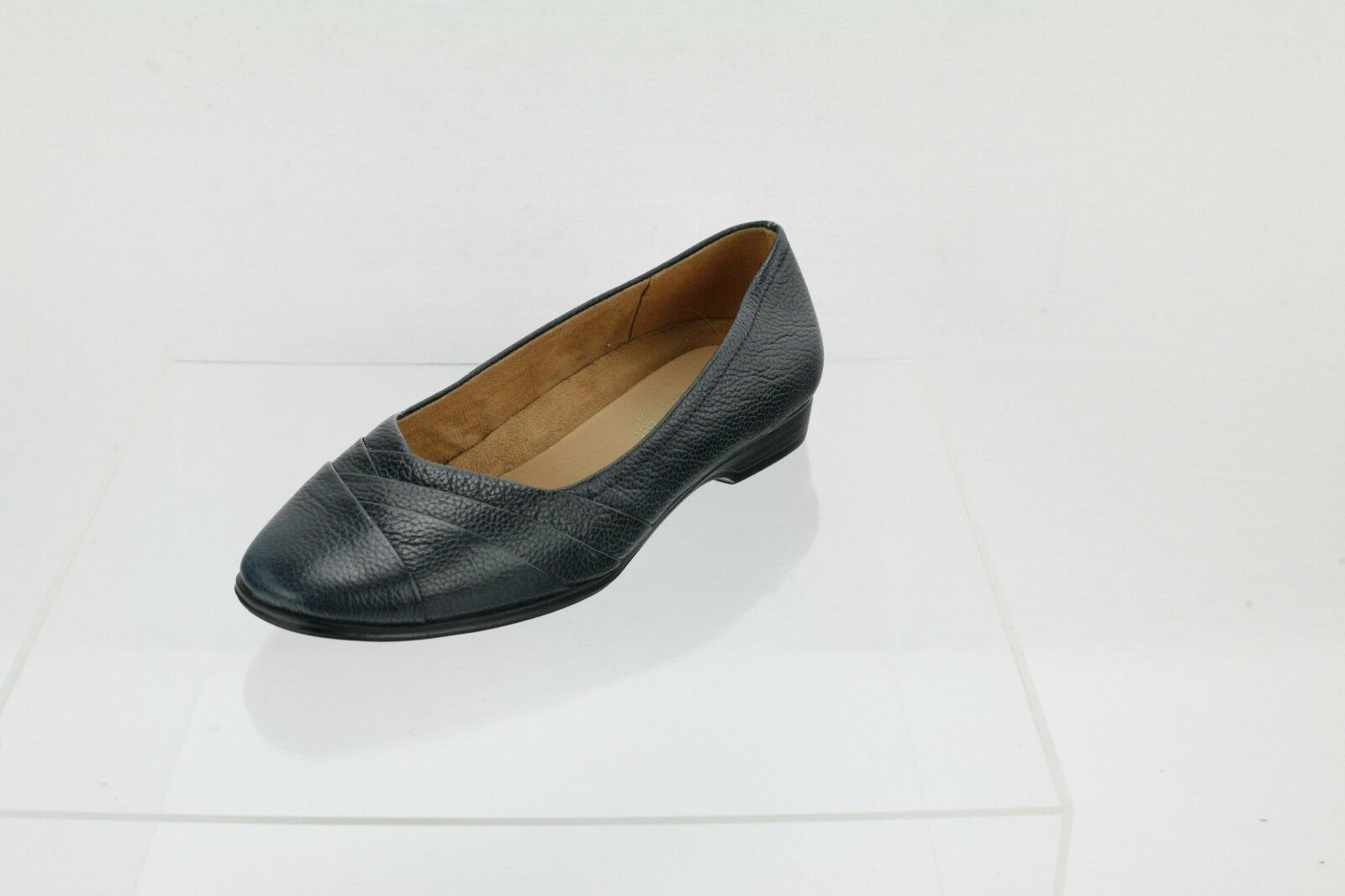 Naturalizer Jaye Navy Lea Leather Slip-on Flats Women's shoes Size 6 W