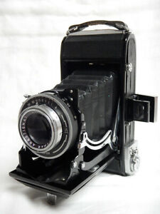 Zeiss-Ikon-Ercona-Folding-Camera-with-NOVONAR-ANASTIGMAT-110mm-f4-5-6x9cm