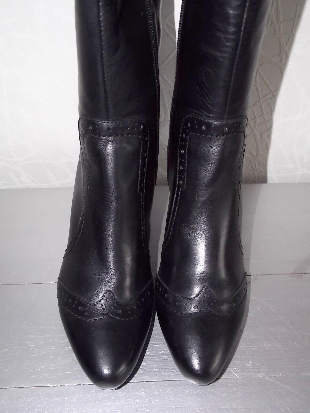 Neu edle und topmodische Echt Leder Stiefel Gr.38 schwarz mit Budapester Muster