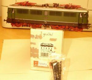Piko-51032-H0-Elektrolokomotive-BR-242-019-8-DR-gealtert-Ep4-DSS-BW-Leipzig-West