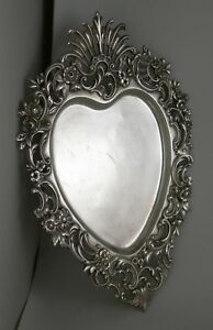 Sterling-heart-shaped-candy-dish