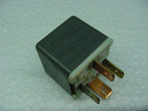 VW VOLKSWAGEN #53 horn relay 141951253b audi bmw mercedes german load reduction