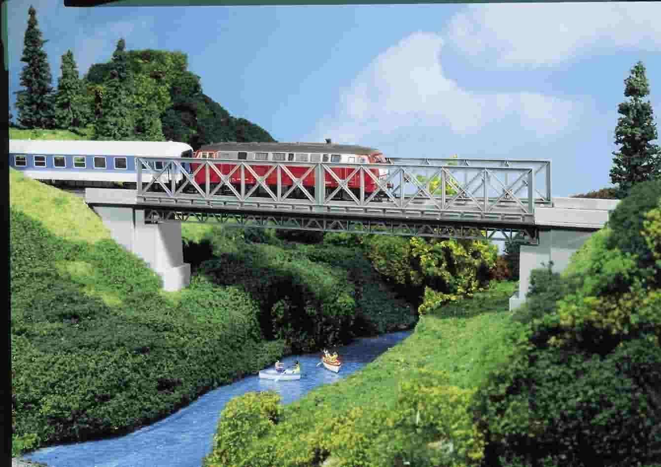 Pola H0 310624 Box Bridge with 2 Bridgeheads 19 1 8x2 27 32in Nip