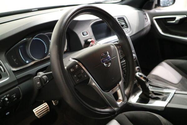 Volvo V60 2,0 D3 150 R-Design aut. - billede 4