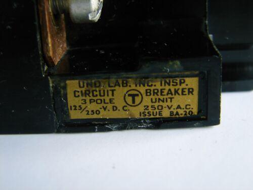 TRUMBULL ELECTRIC AT32050 CIRCUIT BREAKER 50A 3 POLE 125//250VDC 250VAC **XLNT**