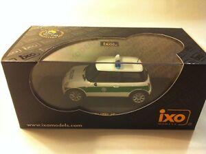 IXO-MOC057-Mini-Cooper-Polizei-ALEMAN-POLIC-A-2002-1-43