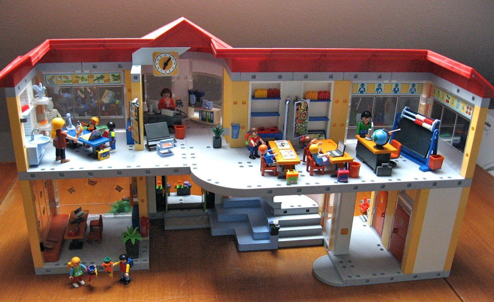 Playmobil City Life Große Schule mit Einri, Set 4324, + Schulanfänger  - TOP