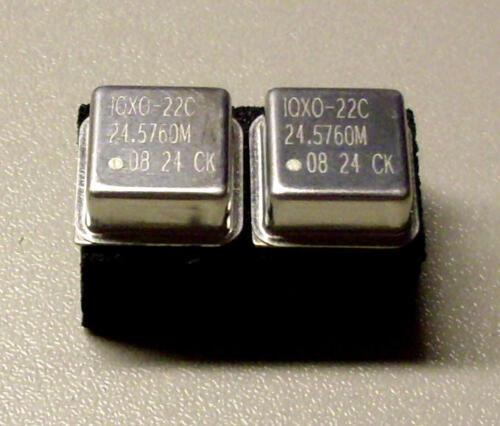 2 pcs iqxo-22c 24.5760 MHz METAL Oscillator quartz Crystal xtal m8732
