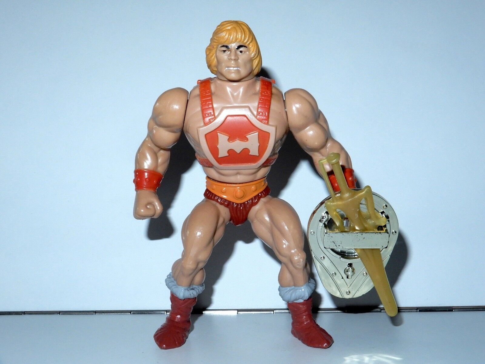 MOTU HE-MAN MASTERS OF THE UNIVERSE THUNDERPUNCH HE-MAN UNPAINTED CHEST COMPLETE