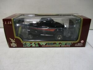 Road Legends 1941 Willys Coupe 1/18
