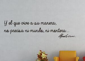 Vinilo decorativo #890# Y EL QUE VIVE A SU MANERA MANOLO GARCIA stickers