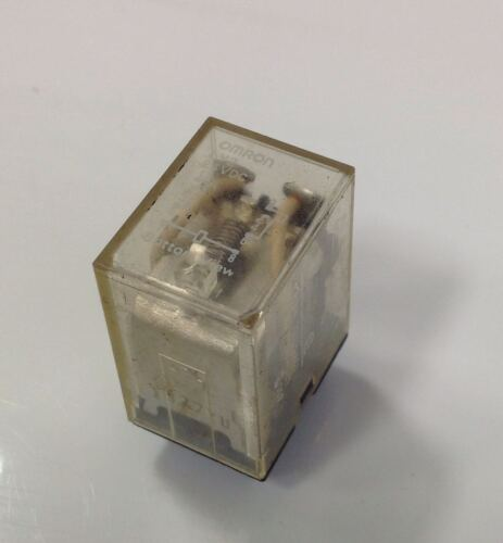 OMRON 24VDC RELAY LOT OF 5 LY2