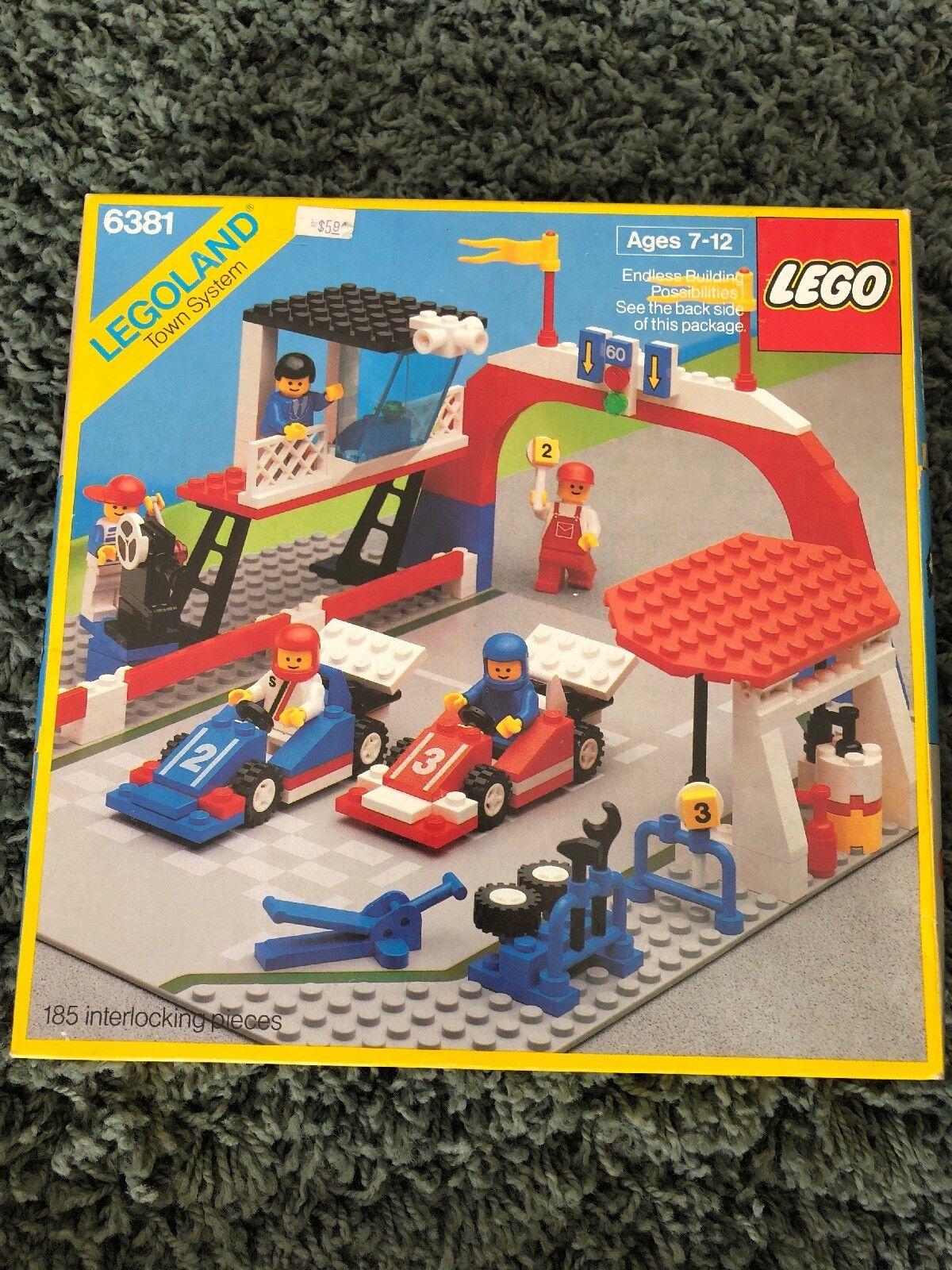 Lego Legoland Town System  6381 Motor Speedway Rare Vintage 1987 NIB