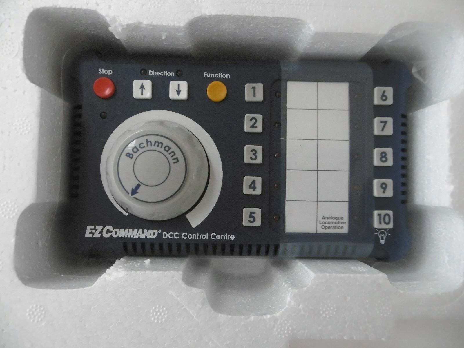 Bachuomon 36501 EZ Comuomod Digital Train Control System nuovo OO connector SAVE £