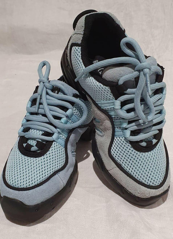 Bloch Split Soled Dance Trainers - Child UK 2 - Pale Blue slightly faded BNIB