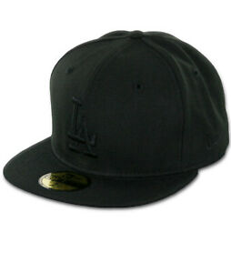 New-Era-59Fifty-Los-Angeles-LA-Dodgers-034-Blackout-034-Fitted-Hat-Black-Men-039-s-Cap