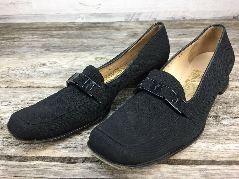 Salvatore sz 8 AA Ferragamo Square Toe Low  Heel Loafers Black