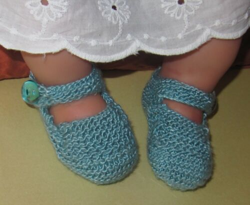 KNITTING INSTRUCTIONS-BABY HIGH BACK HIGH FRONT SHOES BOOTIES KNITTING PATTERN