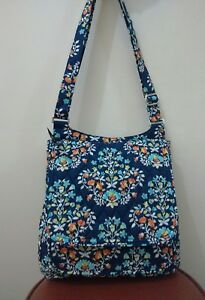Vera-Bradley-Mail-bag-Crossbody-in-FLORAL-GLENNA