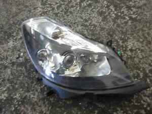 Renault-Clio-MK3-2005-2009-Drivers-OSF-Front-Headlight-Black-Backing-8200261615