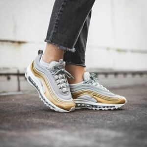 huge discount f621d f7691 WOMENS NIKE AIR MAX 97 SE SIZE 5.5 EUR 39 (AQ4137 001) GOLD ...