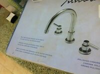 Innova Philip 8 Bathroom Faucet With Drain In Polished Chrome