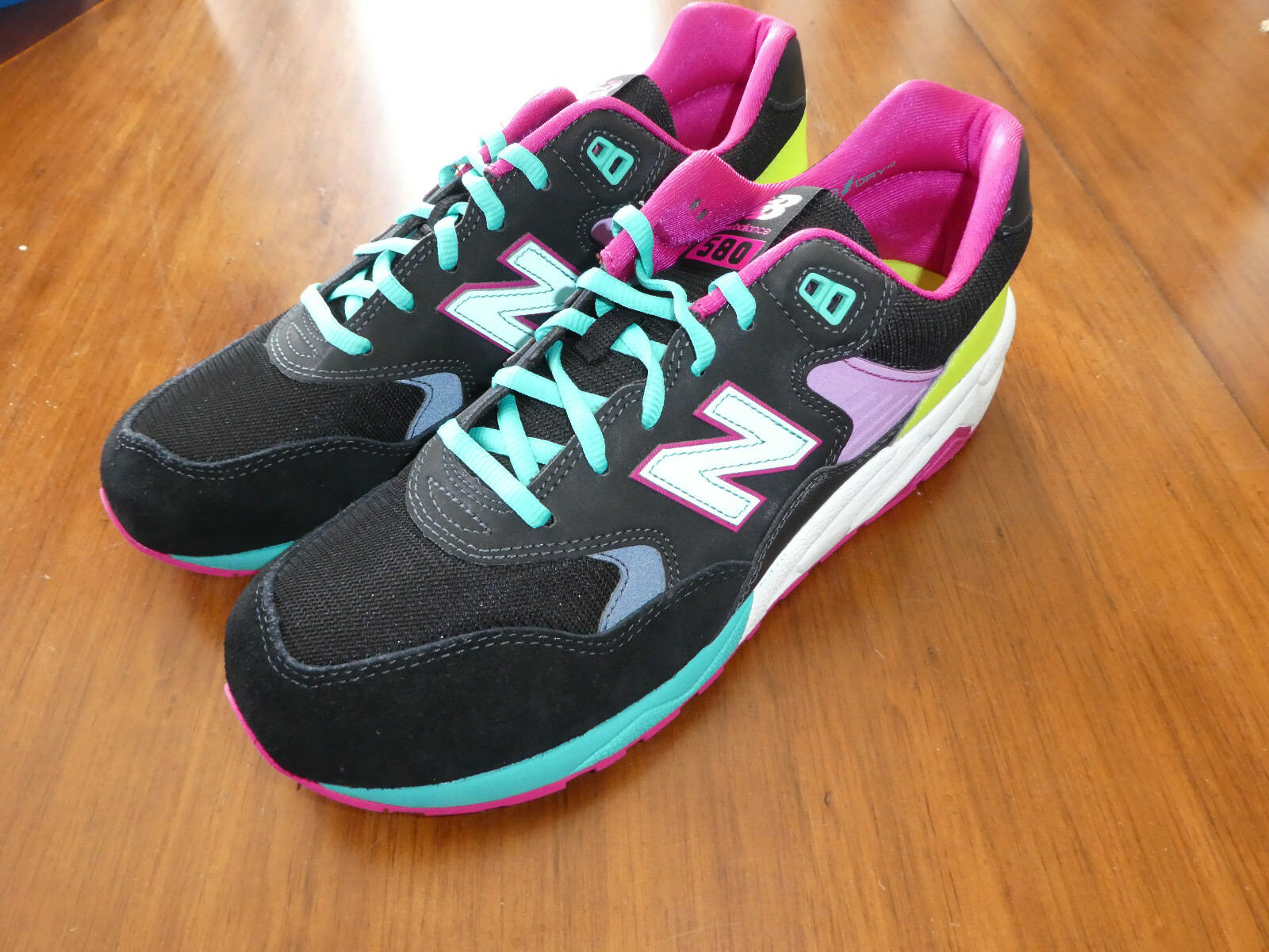 Mens New Balance MRT580BP shoes 580 Sneakers Size 9.5 black pink