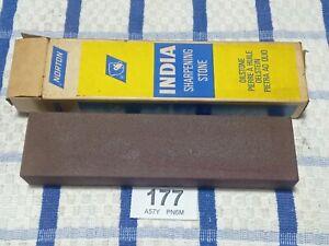 Norton-India-Oil-Stone-Sharpening-Stone-Medium-B8-Stone