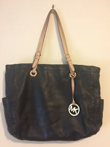 88c11dfb343f65 Image is loading Michael-Kors-black-leather-tote-purse-with-tan-