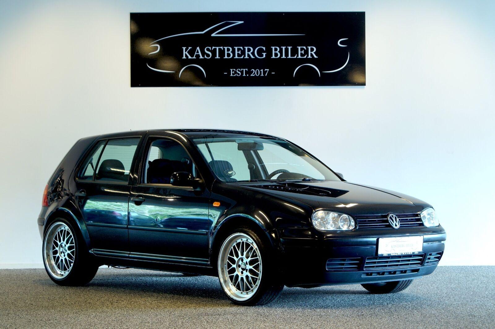 VW Golf IV 1,6  5d - 19.999 kr.