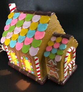 VTG-JAPAN-Christmas-Village-Gingerbread-Candy-House-Light-Table-Top-Decoration