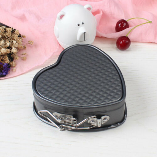 Heart-Shaped Cake Tin Non-stick Spring Form Loose Baking Pan Tray Baking Tools