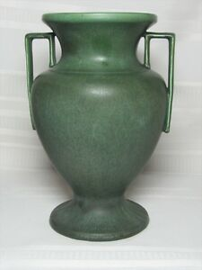 HAMPSHIRE-POTTERY-BUTTRESSED-HANDLED-GRECIAN-URN-VASE-OUTSTANDING-FORM