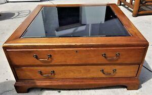 Rare-Vintage-HEKMAN-Large-Locking-Glass-Top-2-Drawer-Display-Coffee-Center-Table