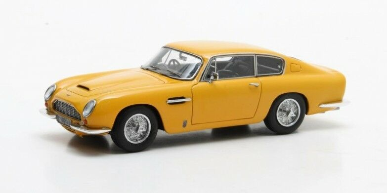 Matrix MAX10108-022 - Aston Martin DB6 Vantage giallo - 1965   1 43