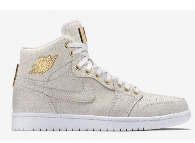 3aec328e65a8 2015 Nike Air Jordan Jordan Jordan 1 Pinnacle SZ 9 White 24K gold LUX Retro  High