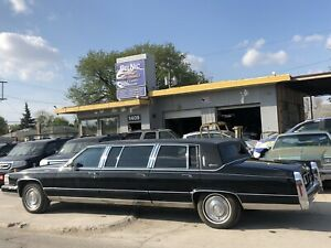 1992 Cadillac Brougham - low low kms.... SAFETIED....DRIVES MINT