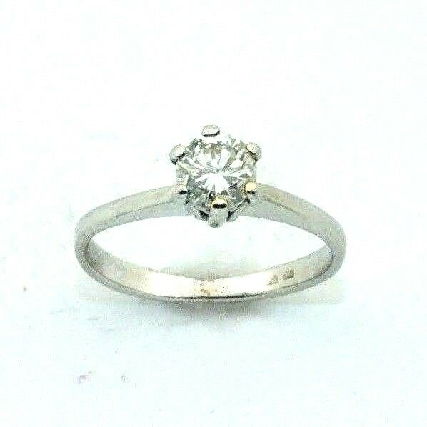 Ladies womens 18ct gold engagement ring with a solitaire diamond, UK size F 1 2