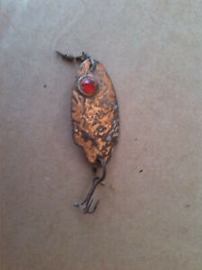 VINTAGE-FISHING-LURE-COPPER