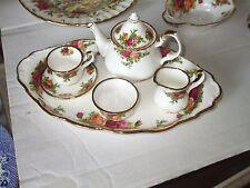 Royal Albert Old Country Roses Tè in miniatura per un Set su un vassoio