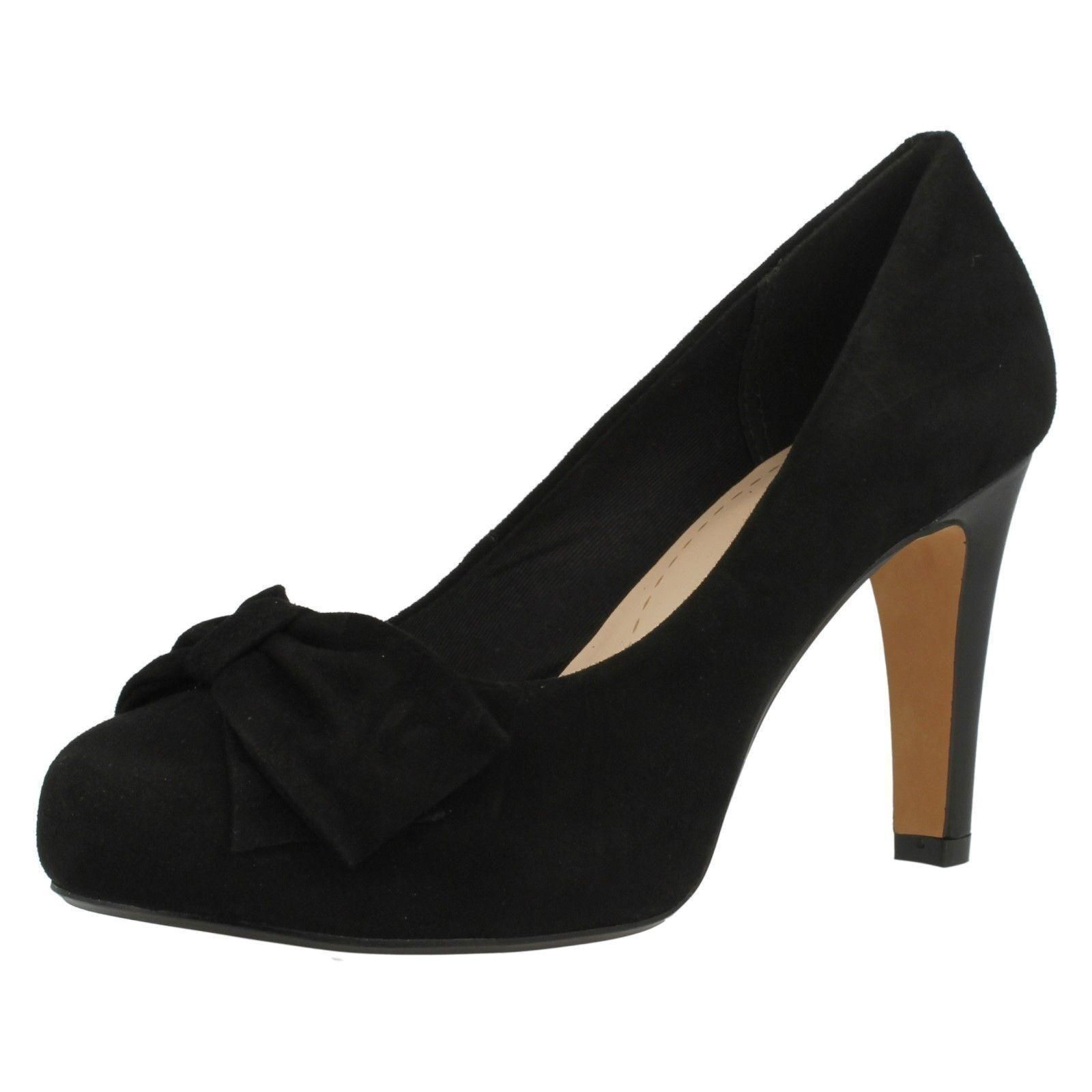 Clarks 'Carrick Tumble' Ladies Black Suede Court shoes Standard D FIt
