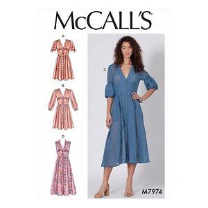 McCalls Schnittmuster M7973 Teilungsnaht an der Taille Kleid Bindeband