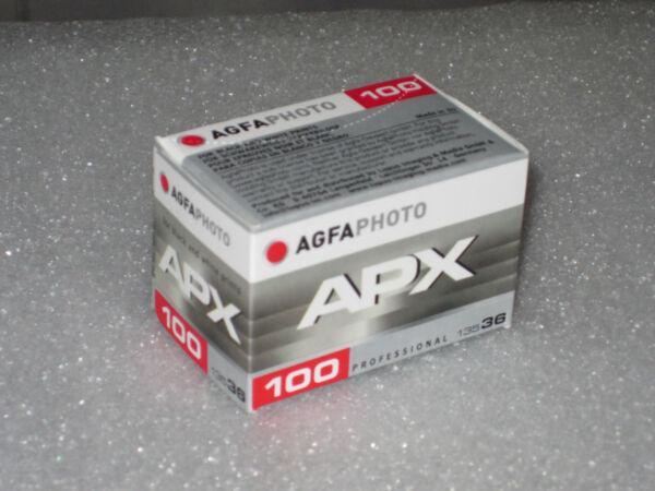 1 Agfa Apx 100 Sw Film 135 - 36 Fraîchement Neuf Dans Sa Boîte! Kleinbildfilm