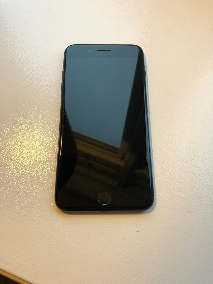 iPhone 7 Plus, 128 GB, sort