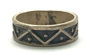 Taxco-Mexico-Oxidized-Sterling-Silver-925-Dot-Zig-Zag-Triangle-Pattern-Band-Ring